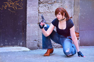 Hang on Steve, I'll save you - Claire Redfield