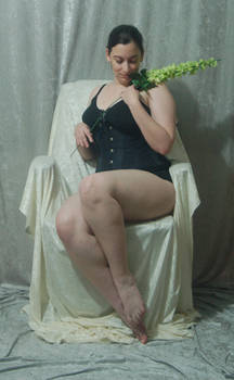 Seated Nouveau Lady 16