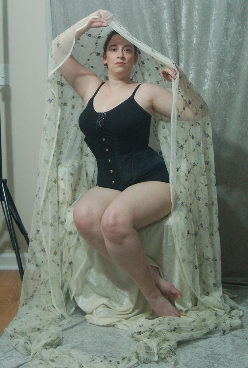 Veiled Nouveau Lady 3