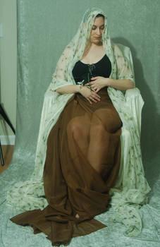 Veiled Nouveau Lady 14