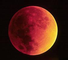 Eclipse Lunar by caravena
