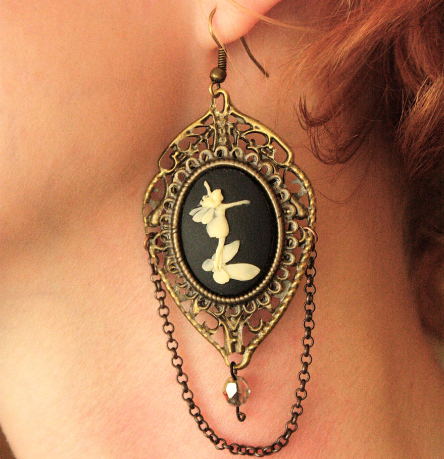 Steampunk Cameos earrings by Pinkabsinthe
