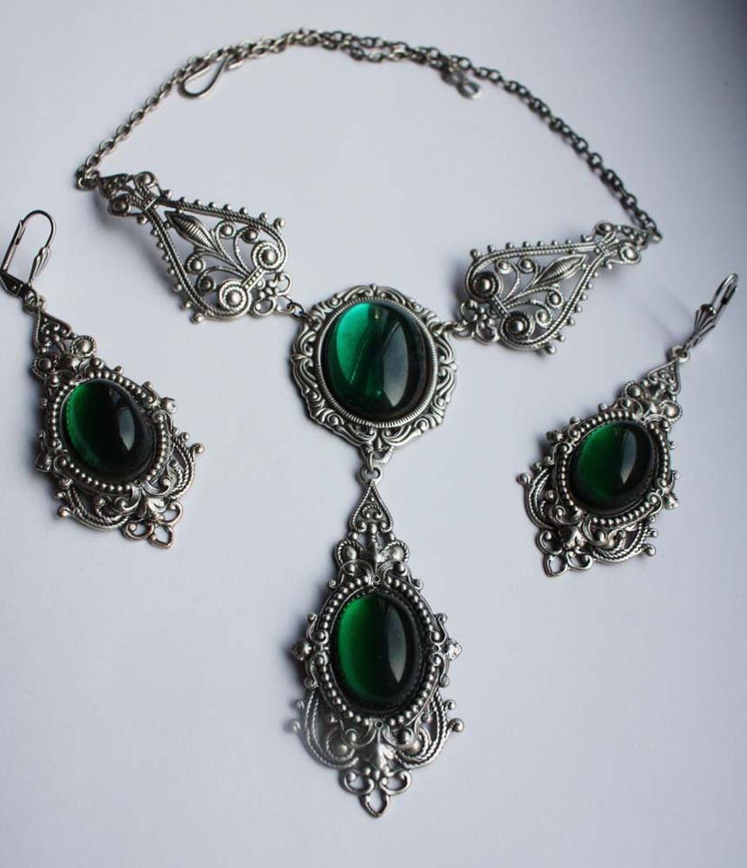 Russian Jewelry 104