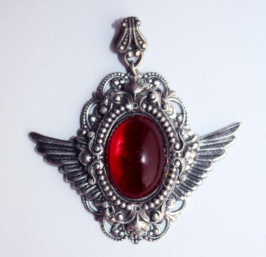 Steampunk wings pendant by Pinkabsinthe