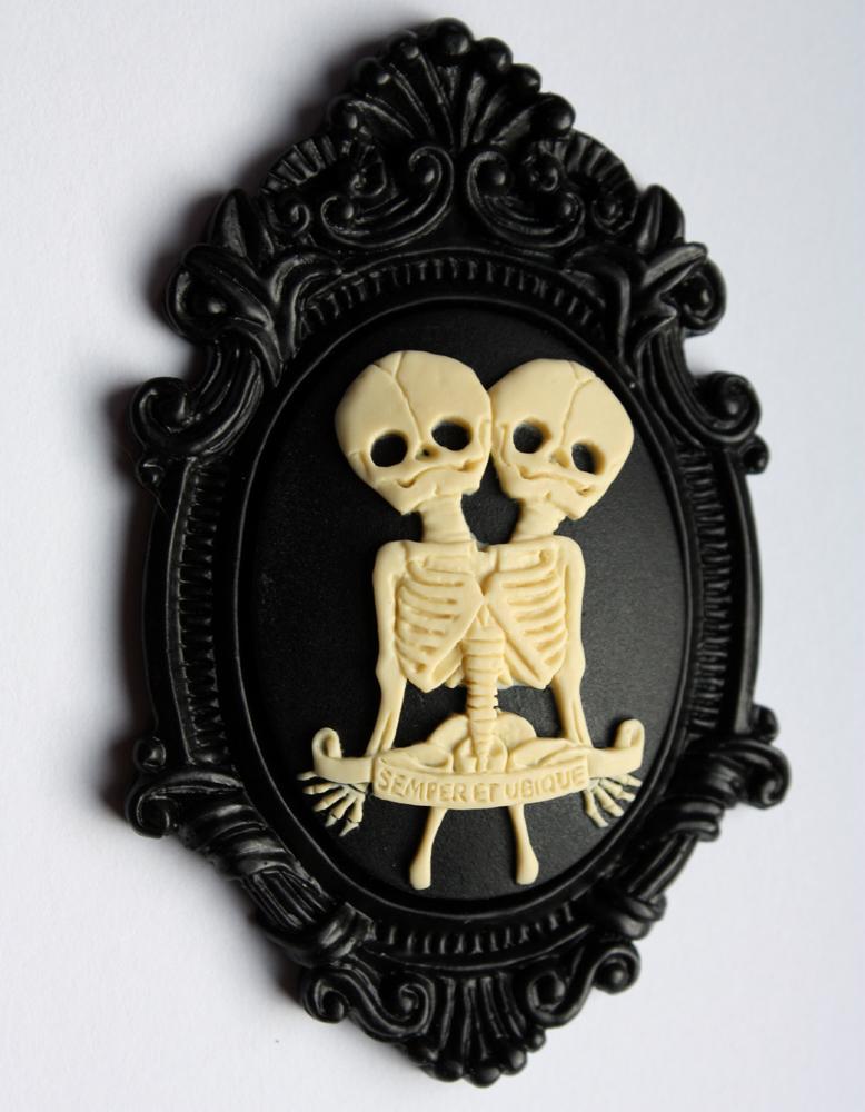Anatomical twins pendant by Pinkabsinthe
