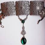 Metal lace choker
