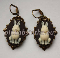 Bunny cameo victorian earrings