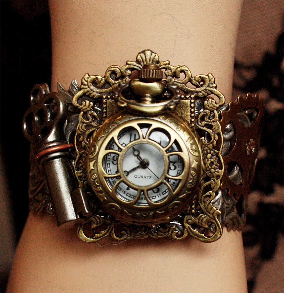 Rococo watch Bracelet I by Pinkabsinthe