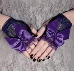 Blue-violet Gothic Lolita mittens