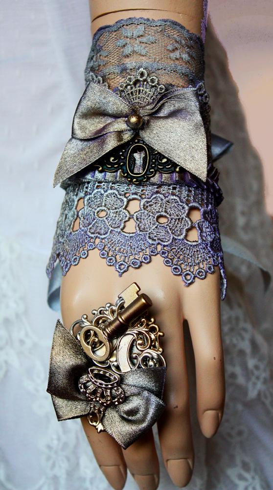Key hole cuff and key ring set II