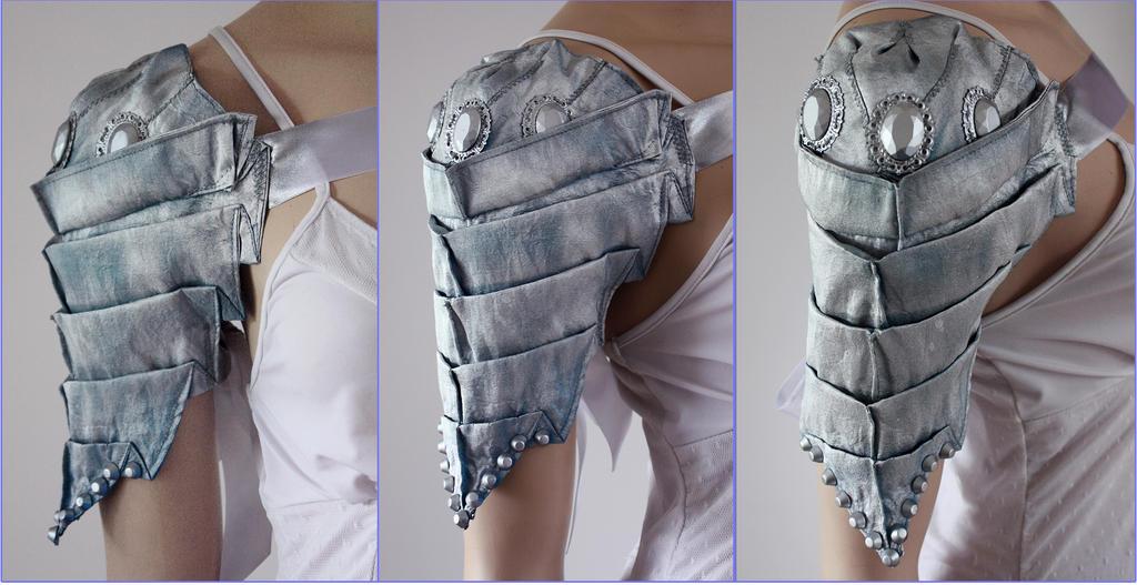 Scolopendra Shoulder Armor