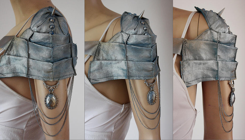 Scolopendra Short Shoulder Armor by Pinkabsinthe