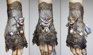 Cherub pearl metallic cuff