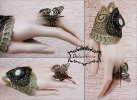 Set Butterfly ring and openwork watch cuff by Pinkabsinthe