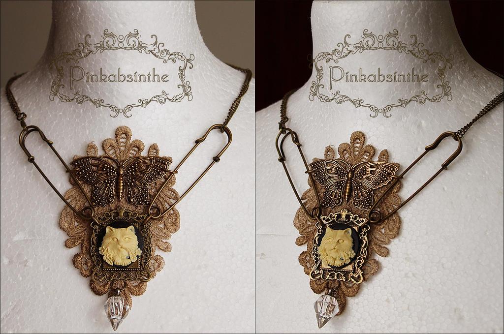 Herbarium necklace by Pinkabsinthe