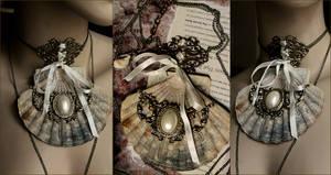 Bohemian Wedding necklace Shell Jabot