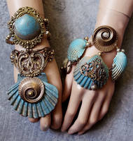 Summer collection 2016 boho shell bracelets set II by Pinkabsinthe