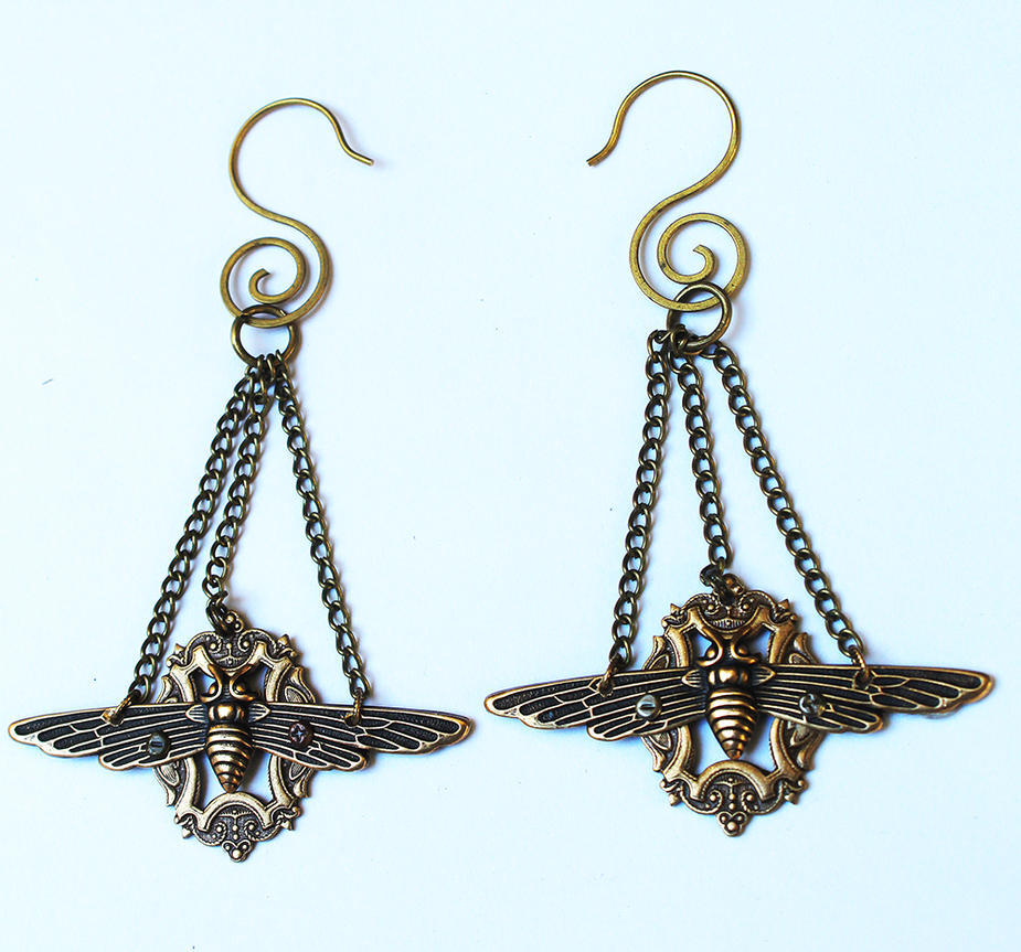 Long Steampunk earrings Dragonflies by Pinkabsinthe