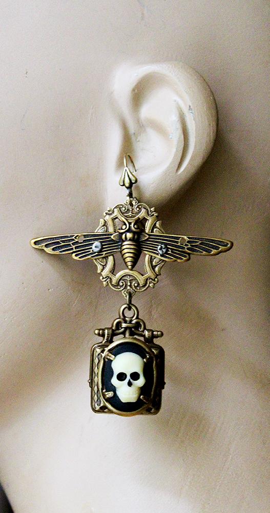 long gothic earrings skull cameos II by Pinkabsinthe