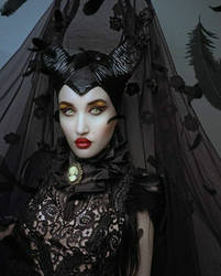Maleficent by Pinkabsinthe