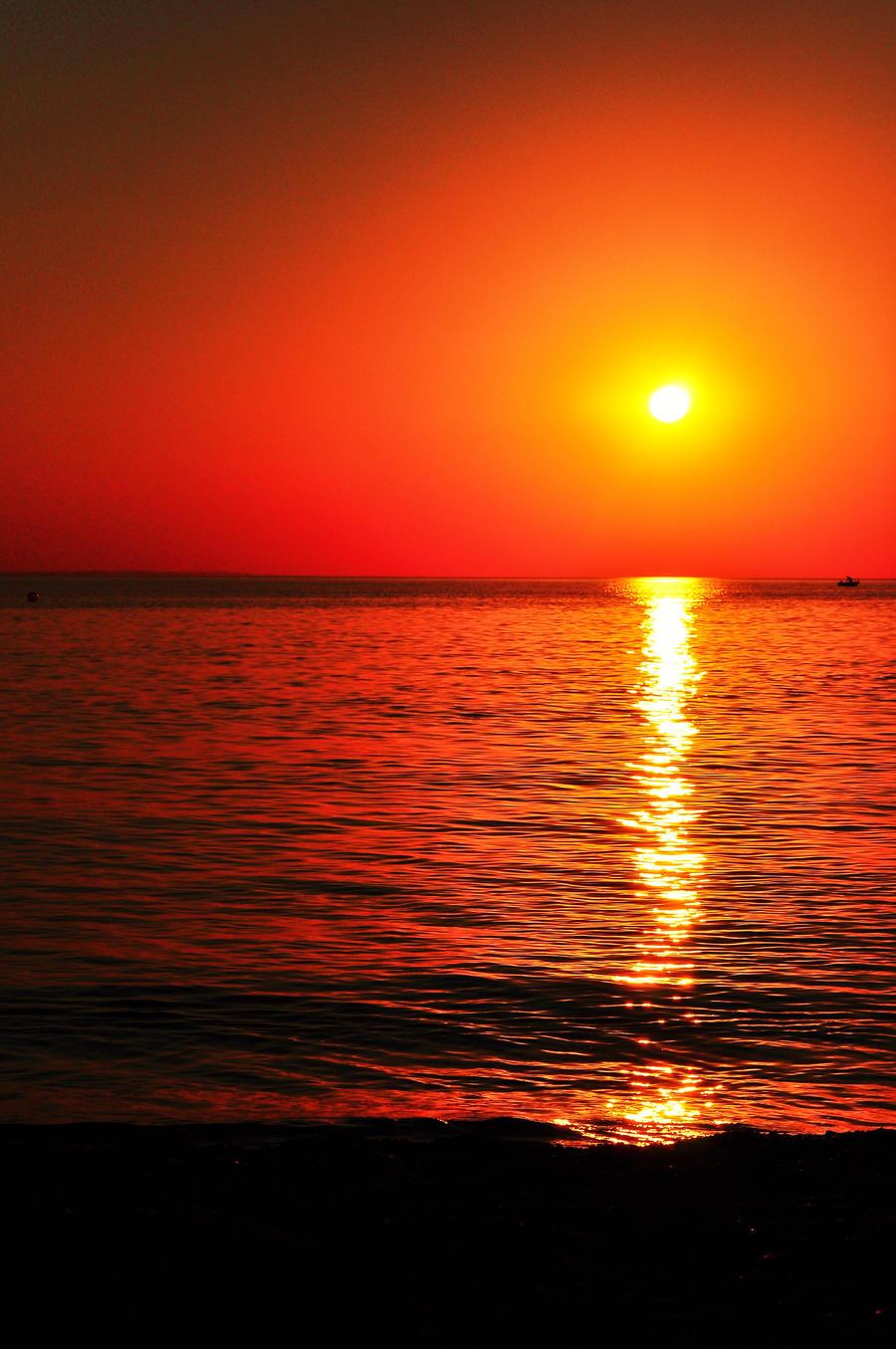 Setting sun by MarinCristina
