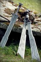 Fili and Kili's swords by shisukoisa