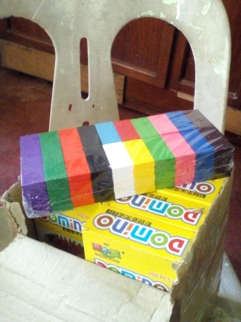 8 boxes of colored dominoes by PhilippineEevee