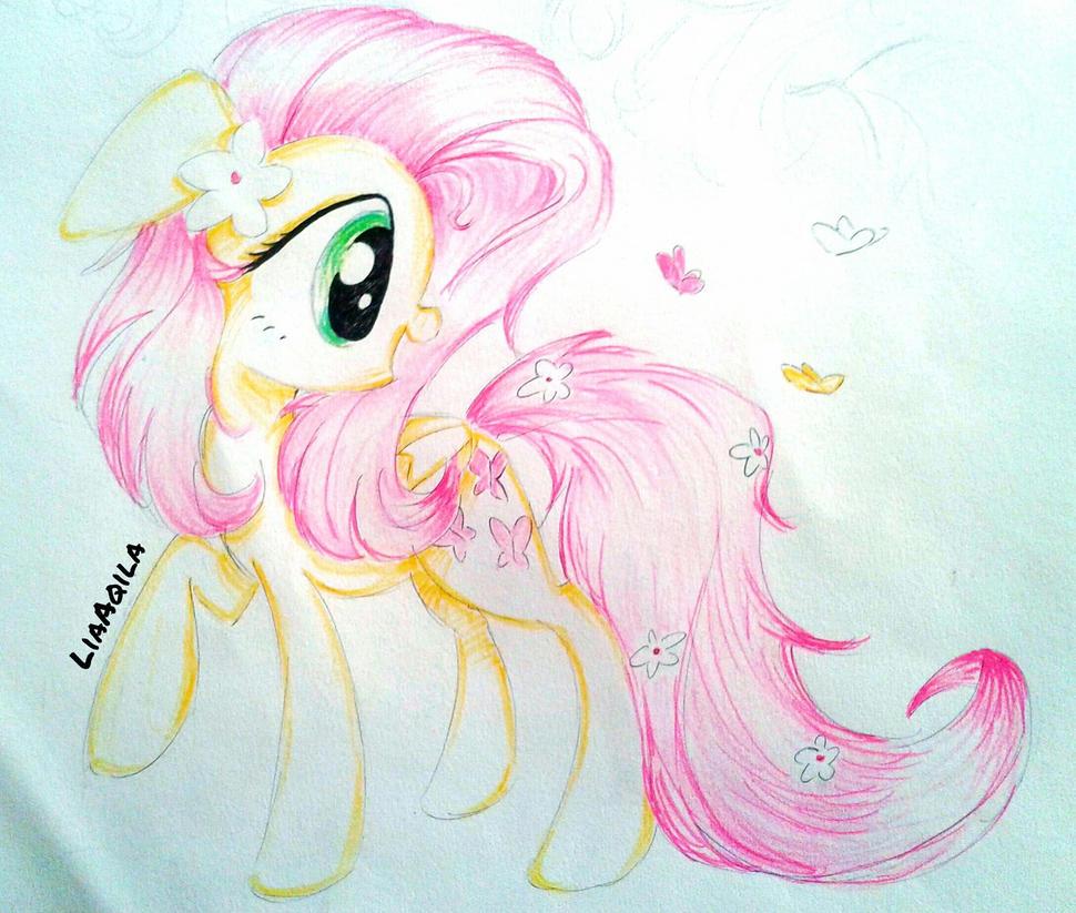 Fluttershy by LiaAqila