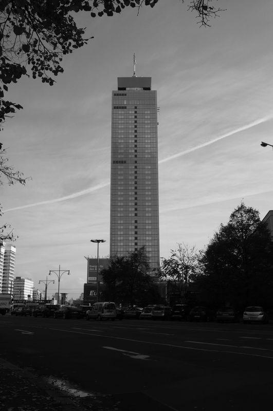 Park Inn, Berlin by MoonfarrierFX