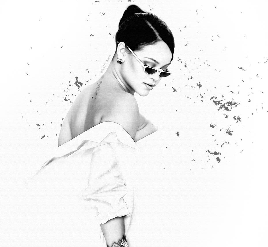 - White - by brittoatila