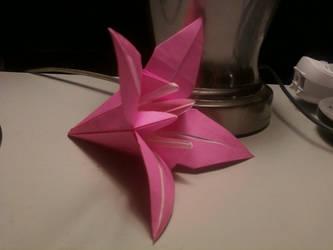Origami Lily by jfdhfjug