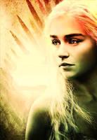 Queen Daenerys by JrOeKnEeRe