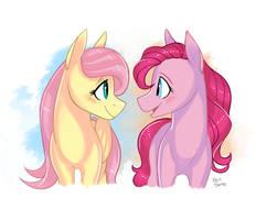 Fluttershy x Pinkie Pie by EepiArt