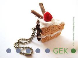 E. CLAY Strawberry Cake by GEKdesigns