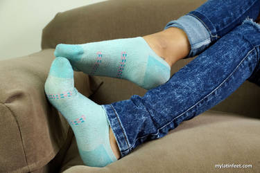 Diana smelly socks by mylatinfeet