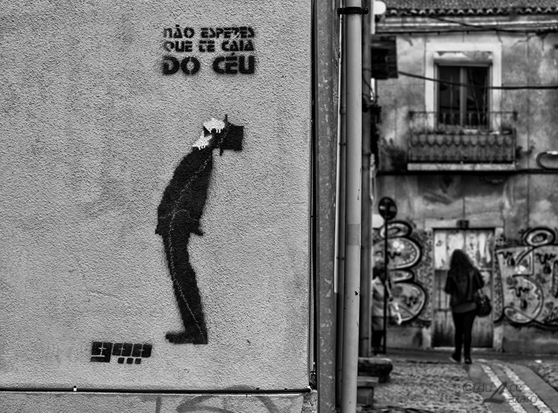 On the street ... by du-la