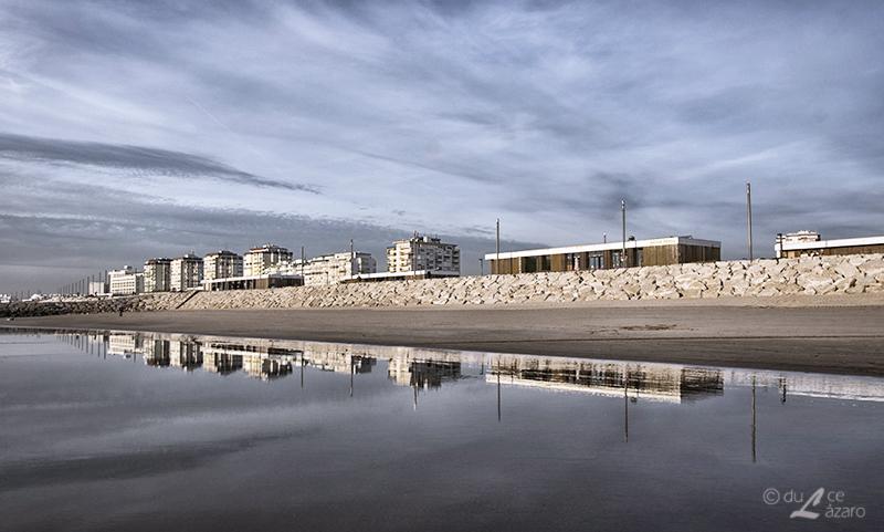 Beach line by du-la