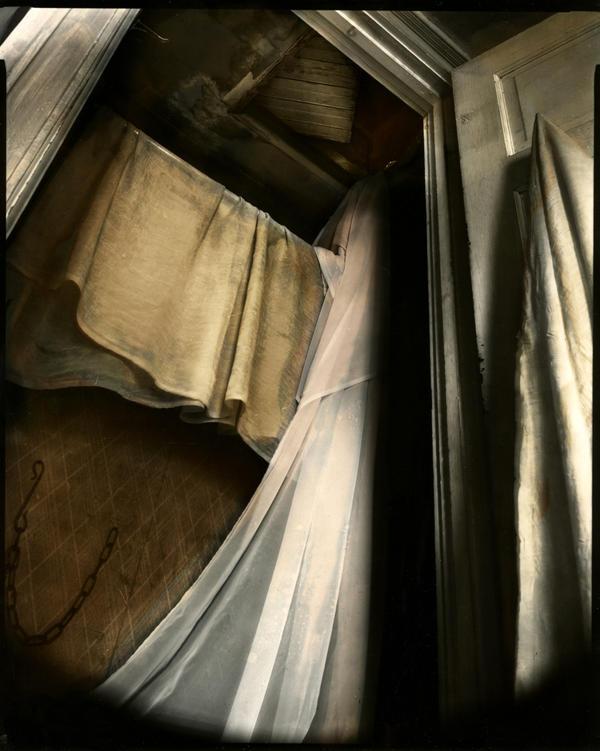 hollow. by lauren-rabbit