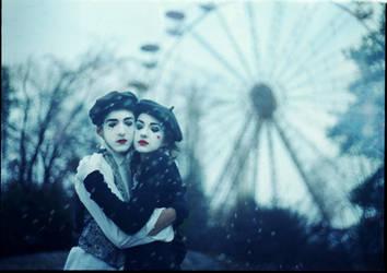 Frozen Hearts by Furrrka