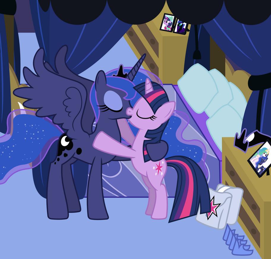 My Little Pony Princess Celestia And Princess Luna Kiss
