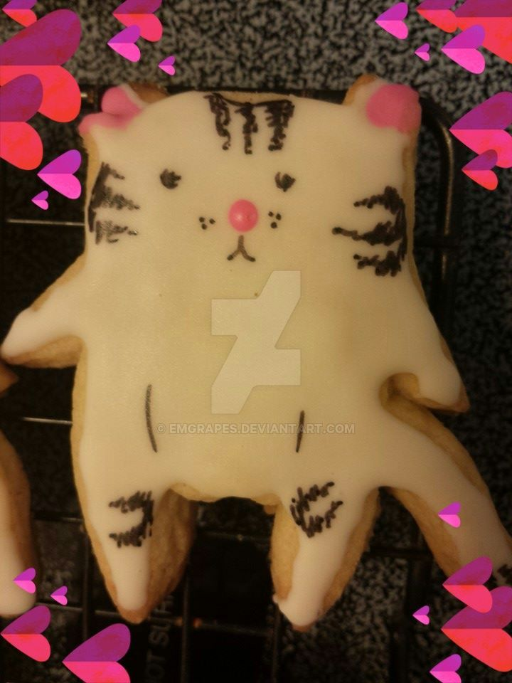 Fancy Cat Cookie! by EMGrapes