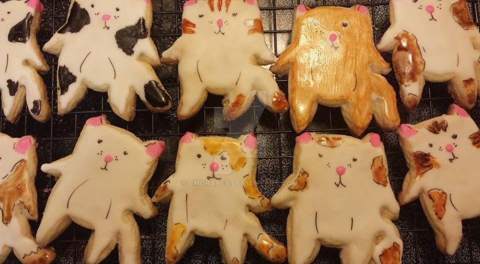 Cat cooooookies! by EMGrapes