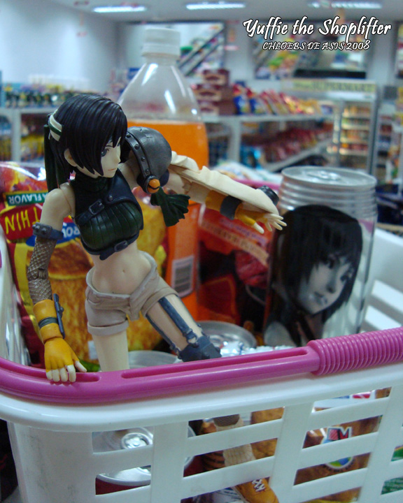 Yuffie the Shoplifter by chloebs