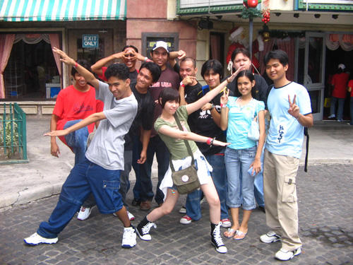 Capcom Team Group Pic by chloebs