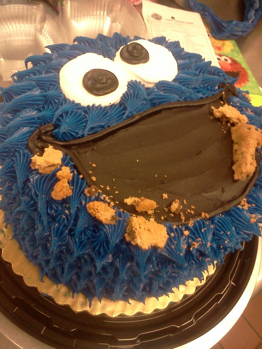 Crumbled Cookie Cake