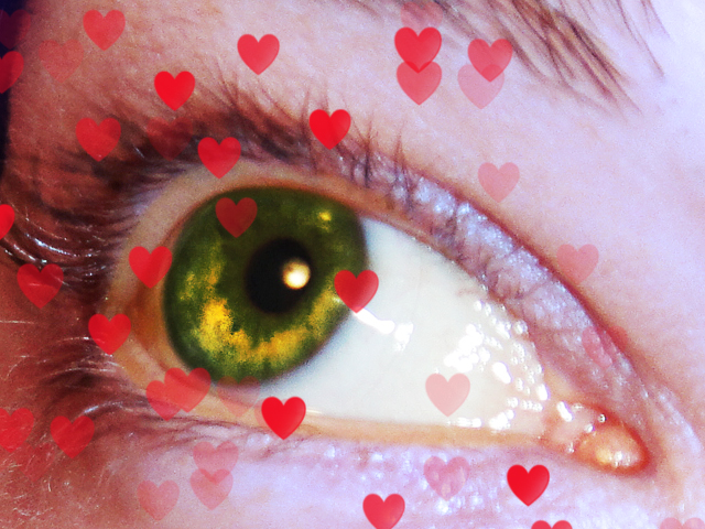 Eyes - Page 4 Tiny_hearts_by_theadoracarter-d389z1y