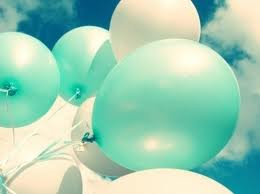 white and blue ballons by leehaneul