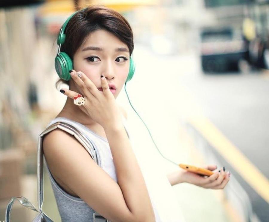 listen musice by leehaneul