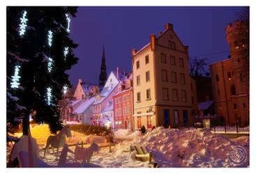 Winter in town by kuzjka