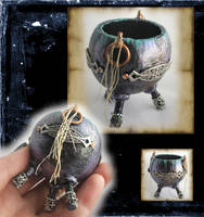 Mini Celtic Fairy Cauldron by grimdeva